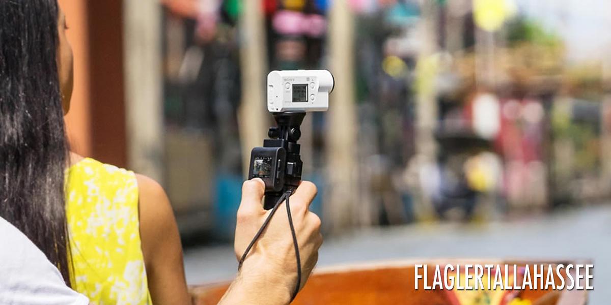 กล้อง Action รุ่น SONY HDR-AS300R ที่สาย Vlog ควรมีไว้